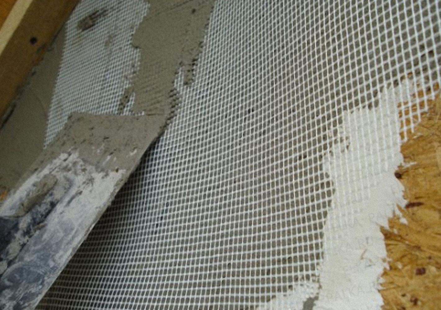 Сетка для армирования на стене
