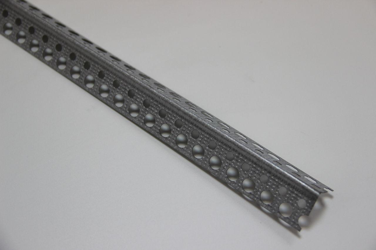 Фото уголка из стали