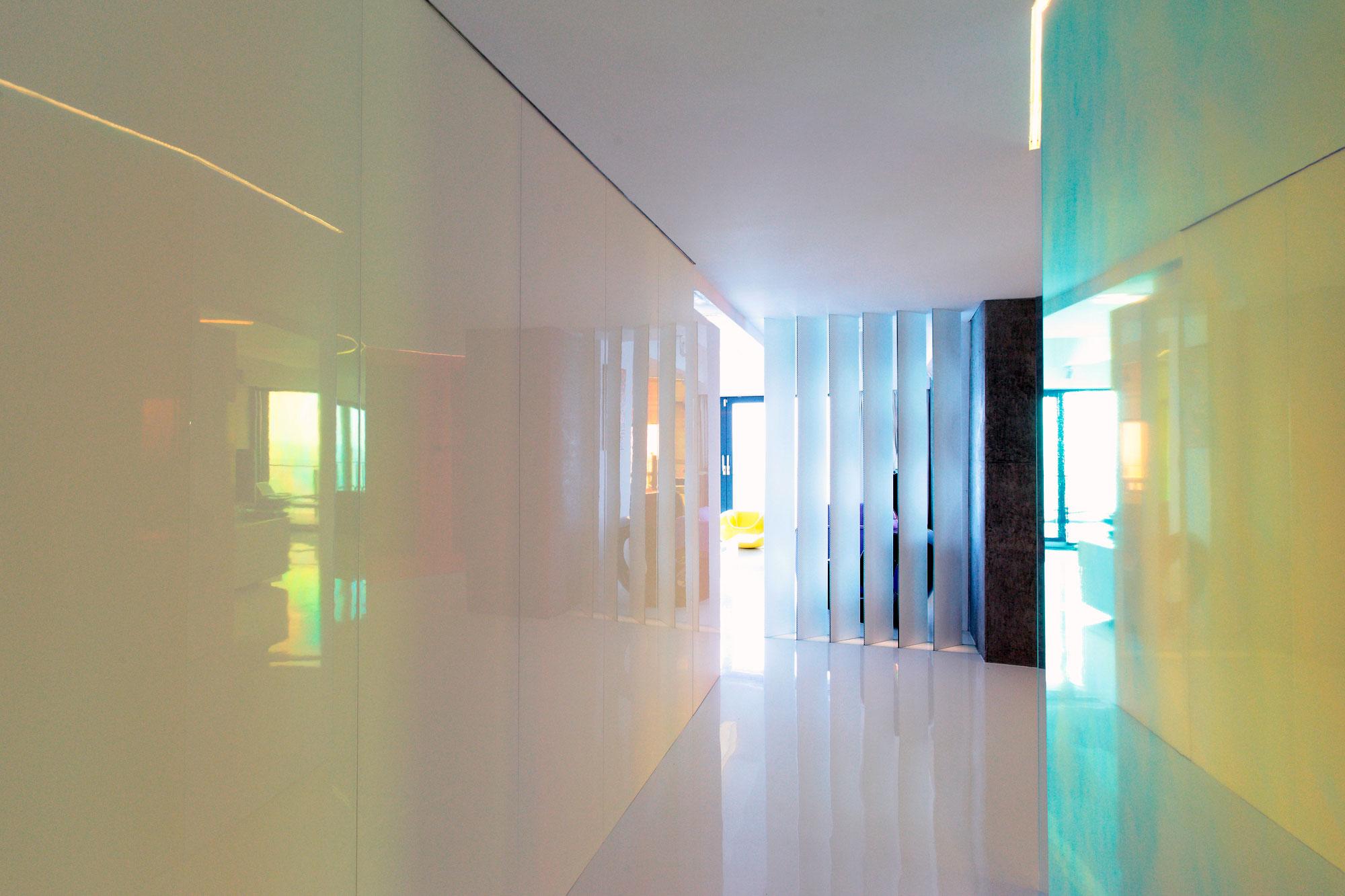 Акрилатная краска на стенах