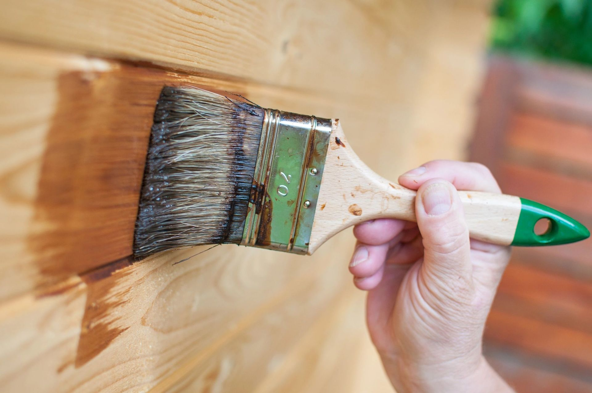 Износостойкая краска для дерева