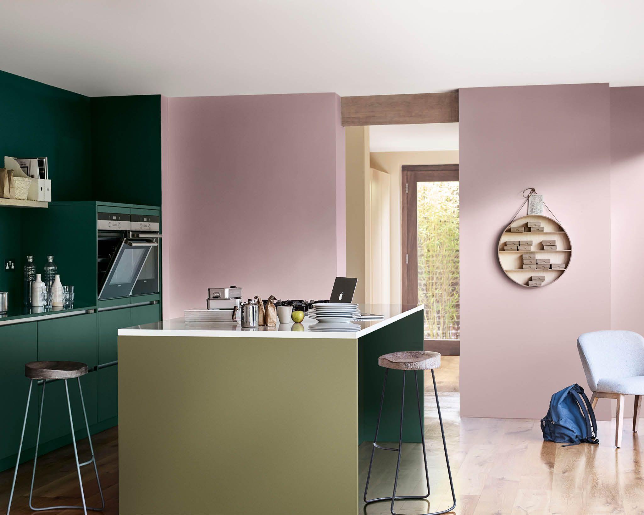 Краска Dulux на стенах