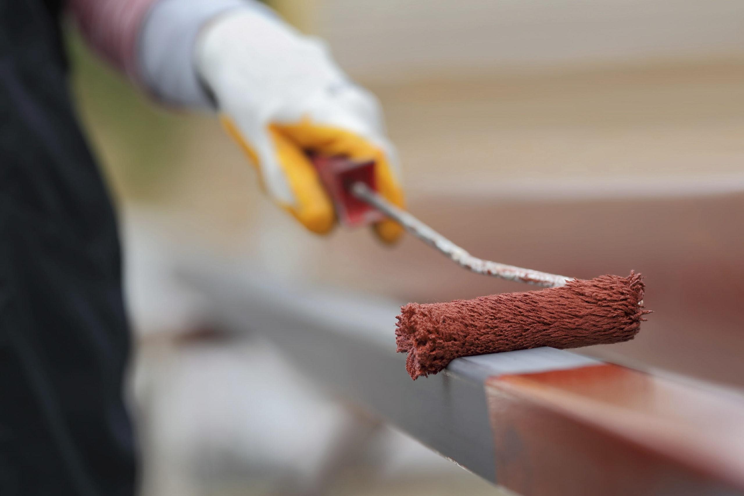 Покраска металла валиком