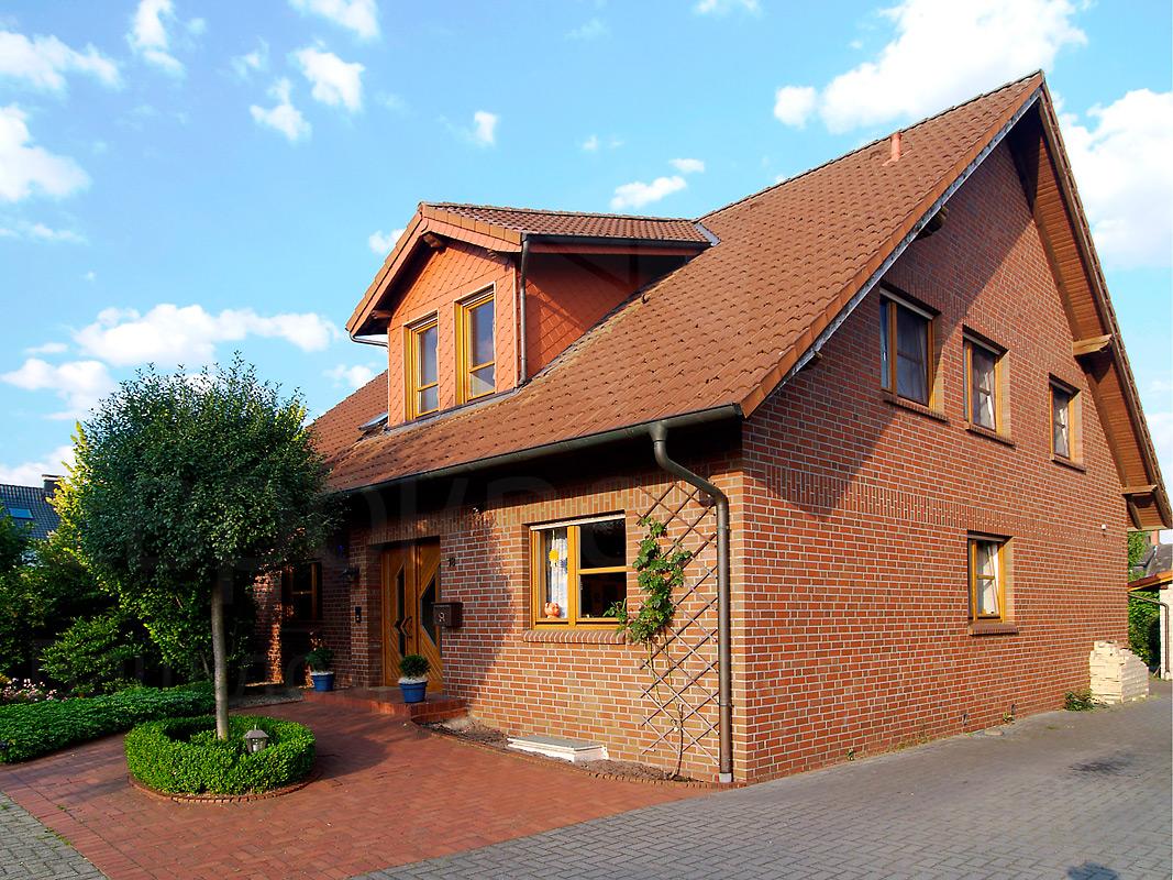 Фото кирпичного дома