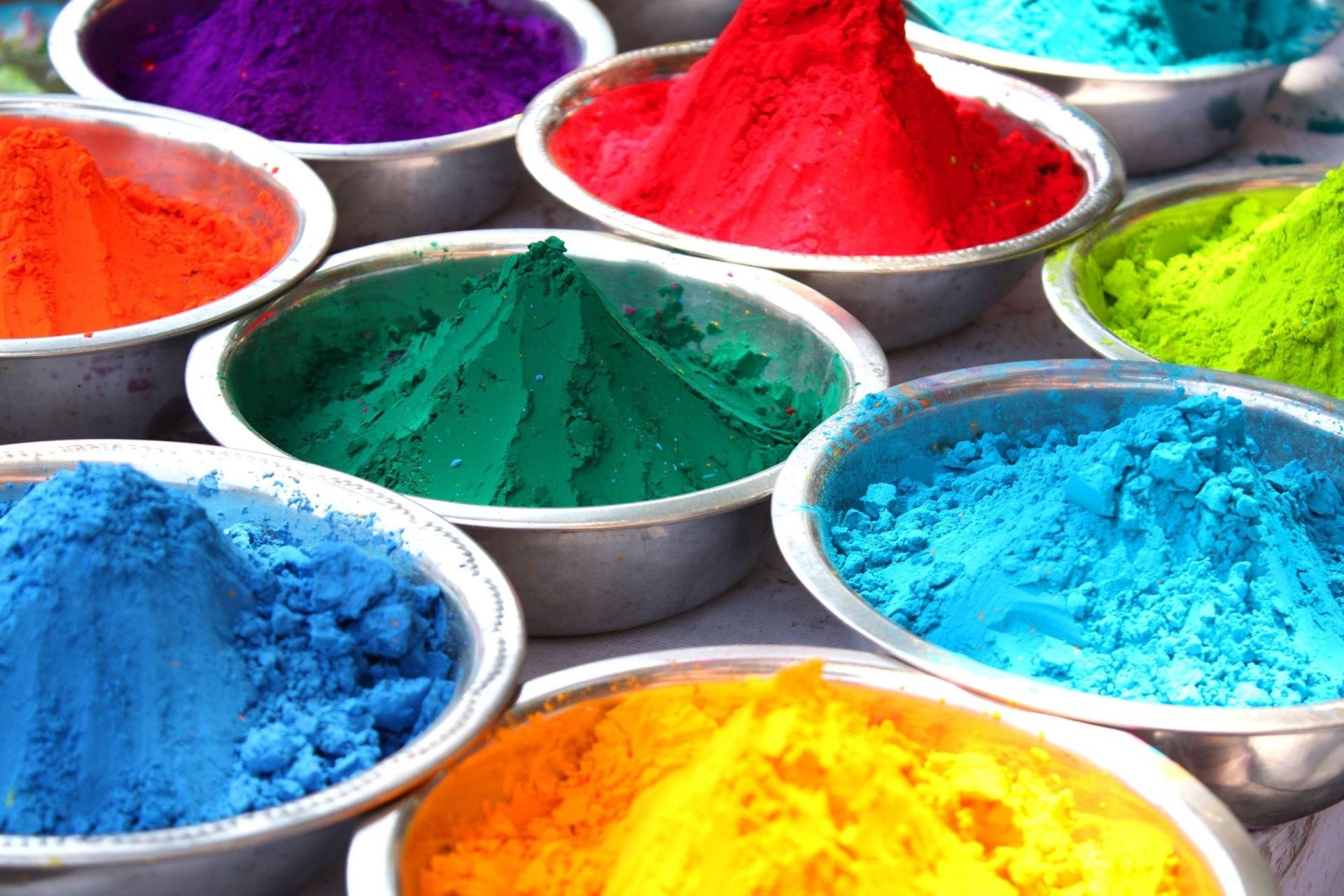 Разноцветный порошок
