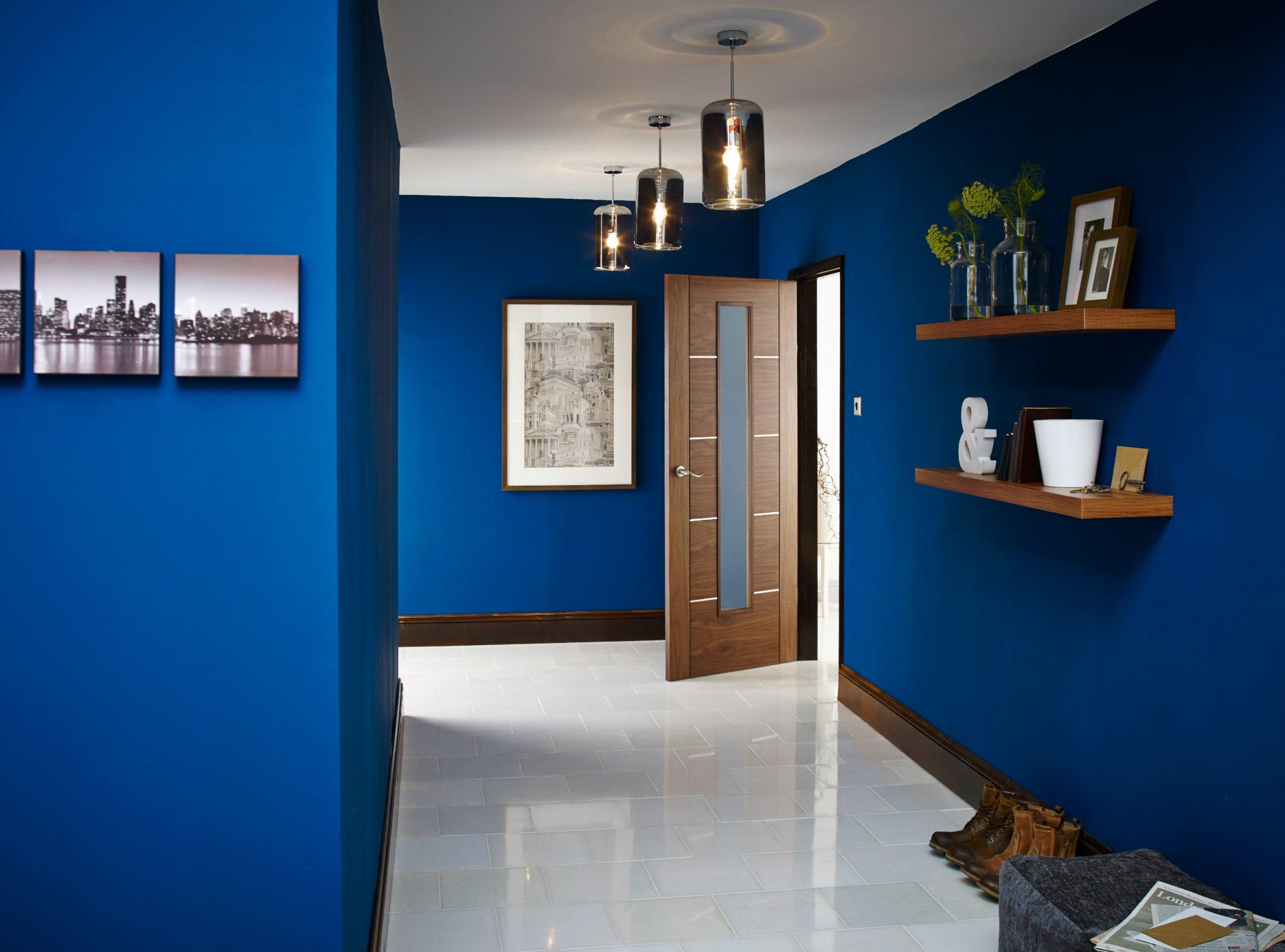Фото синих стен