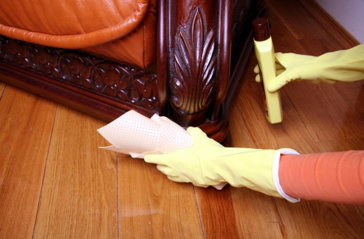 Смывка краски с мебели