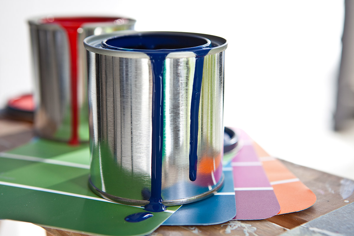 Фото банок с краской