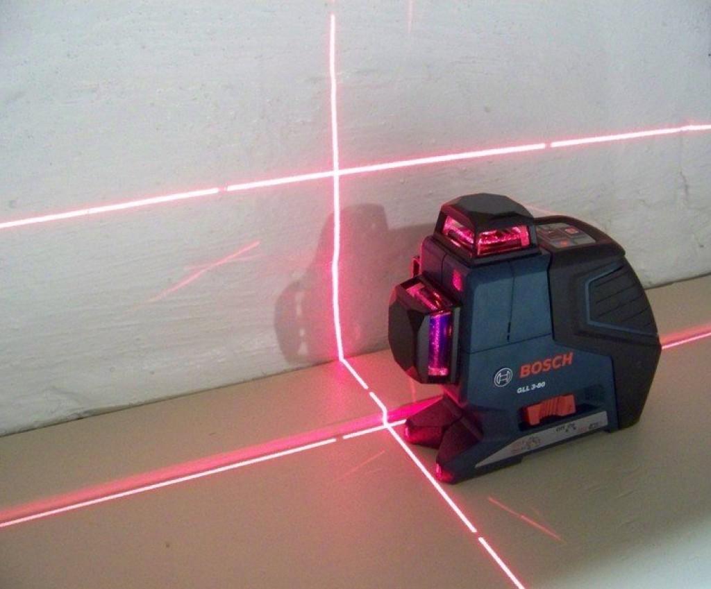 Лазерный уровень Bosch GLL 3-80