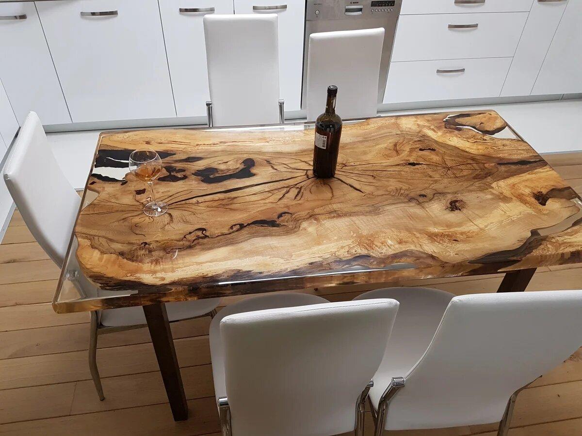 Покрытие стола жидким стеклом