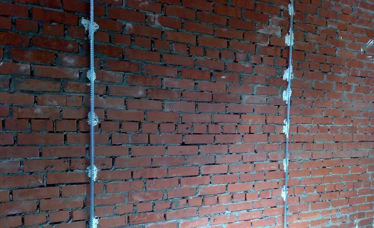 Фото стены с маяками