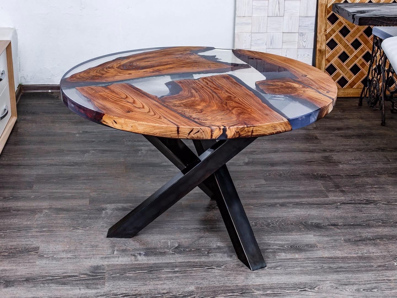 Фото стола с жидким стеклом