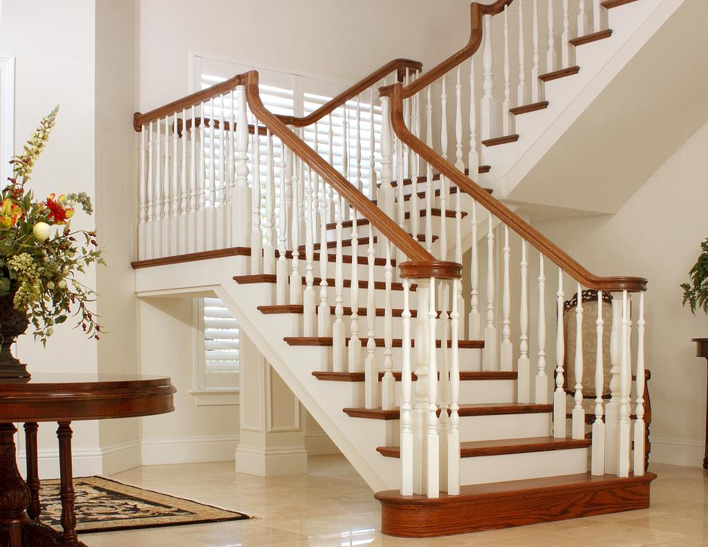 Фото белой лестницы