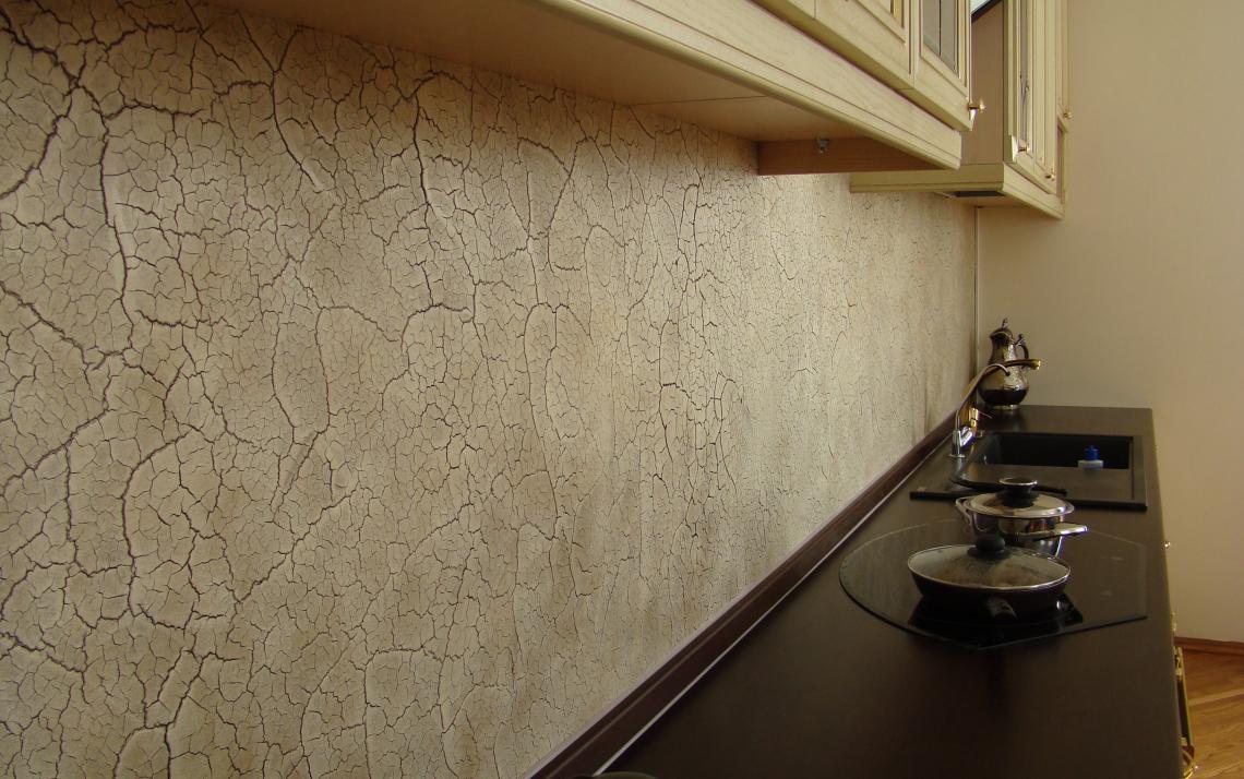 Фото кракелюр на кухне