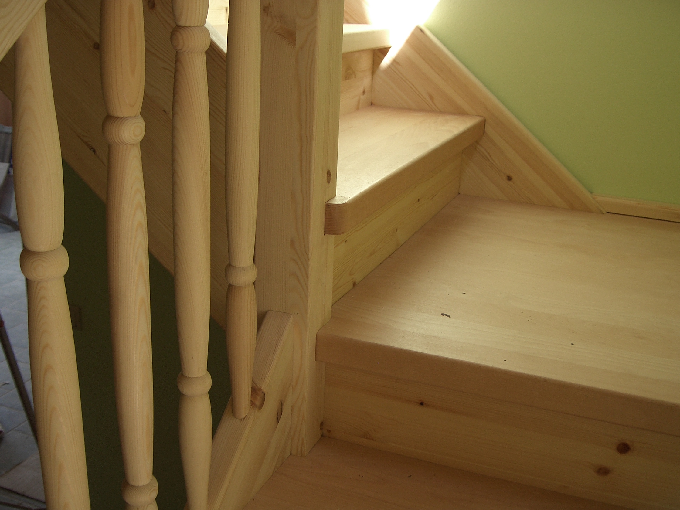 Лестница из сосны