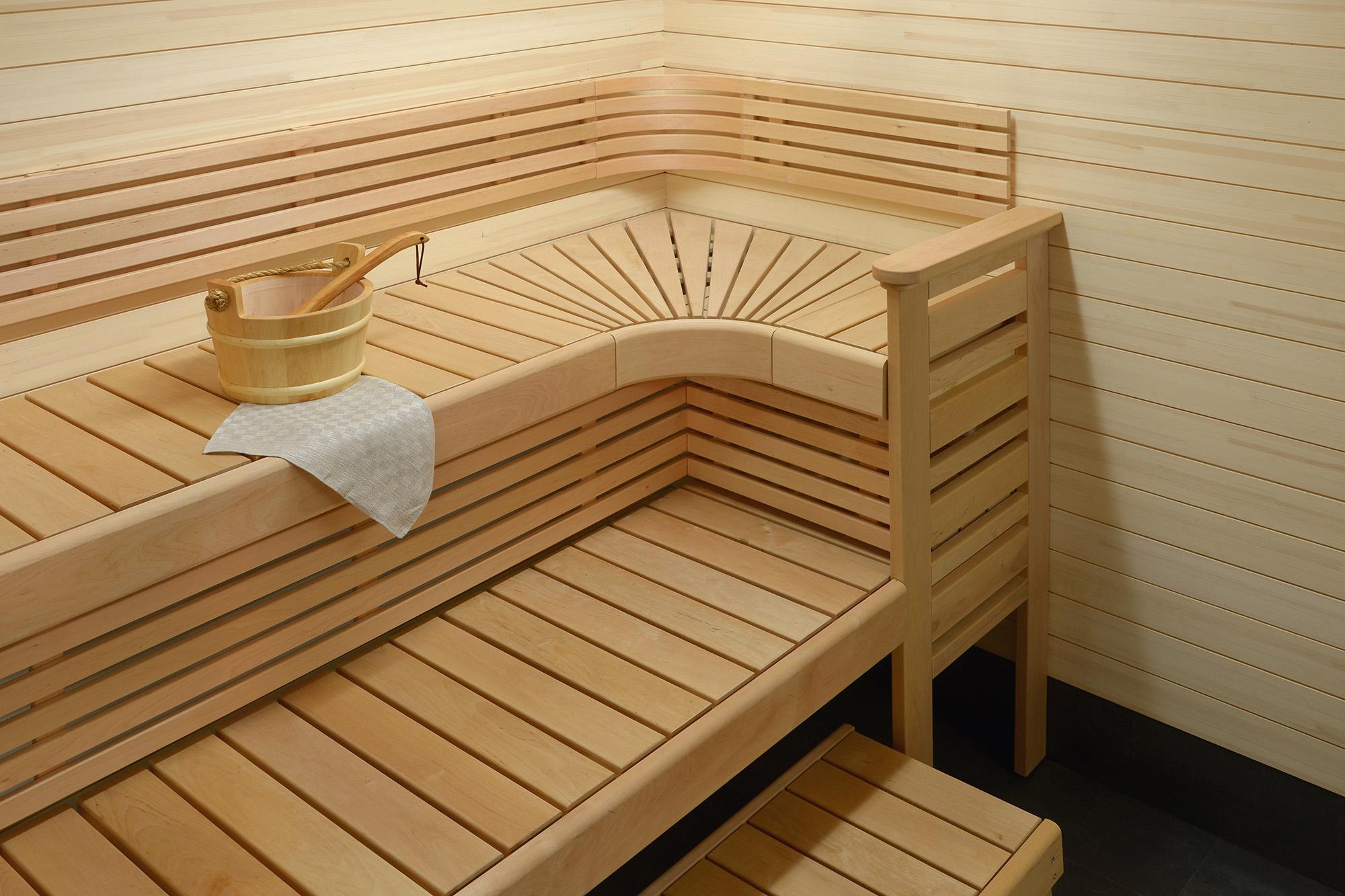 Лежаки в бане
