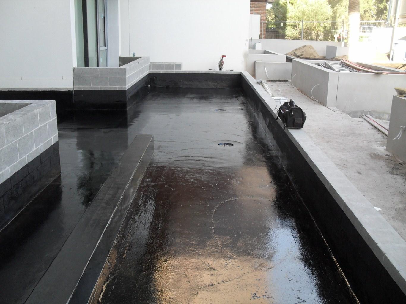 Фото мастики на бетоне