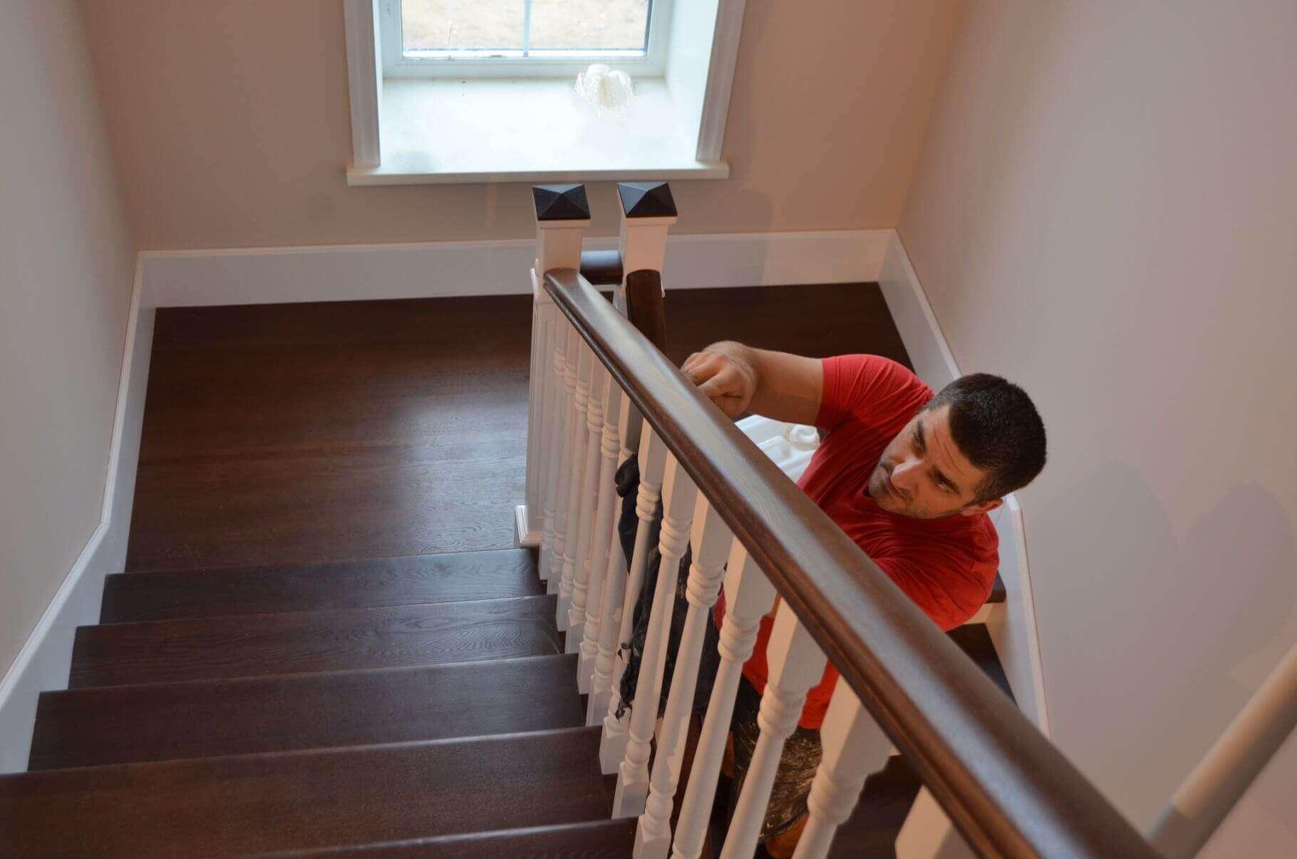 Покраска лестницы своими руками