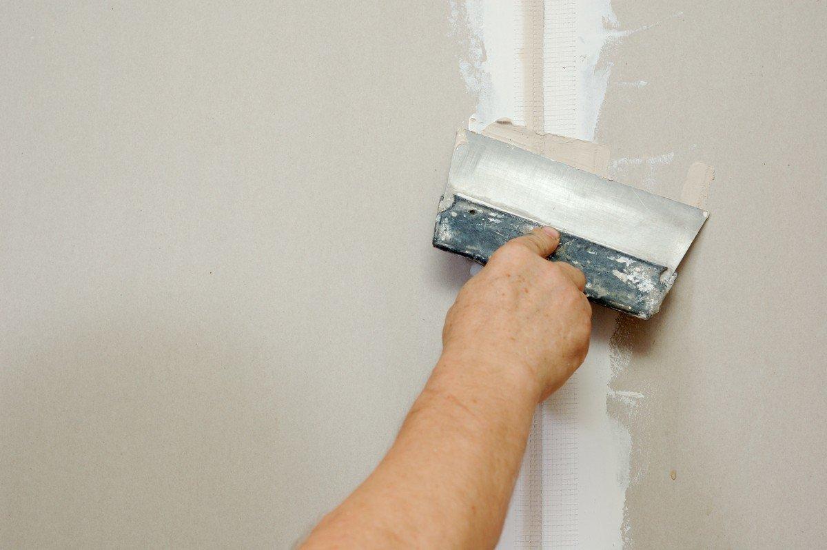 Шпаклевка стены с гипсокартоном