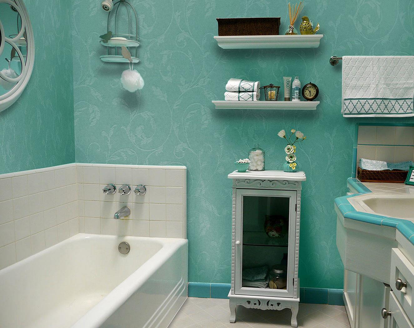 Стеклообои в ванной комнате