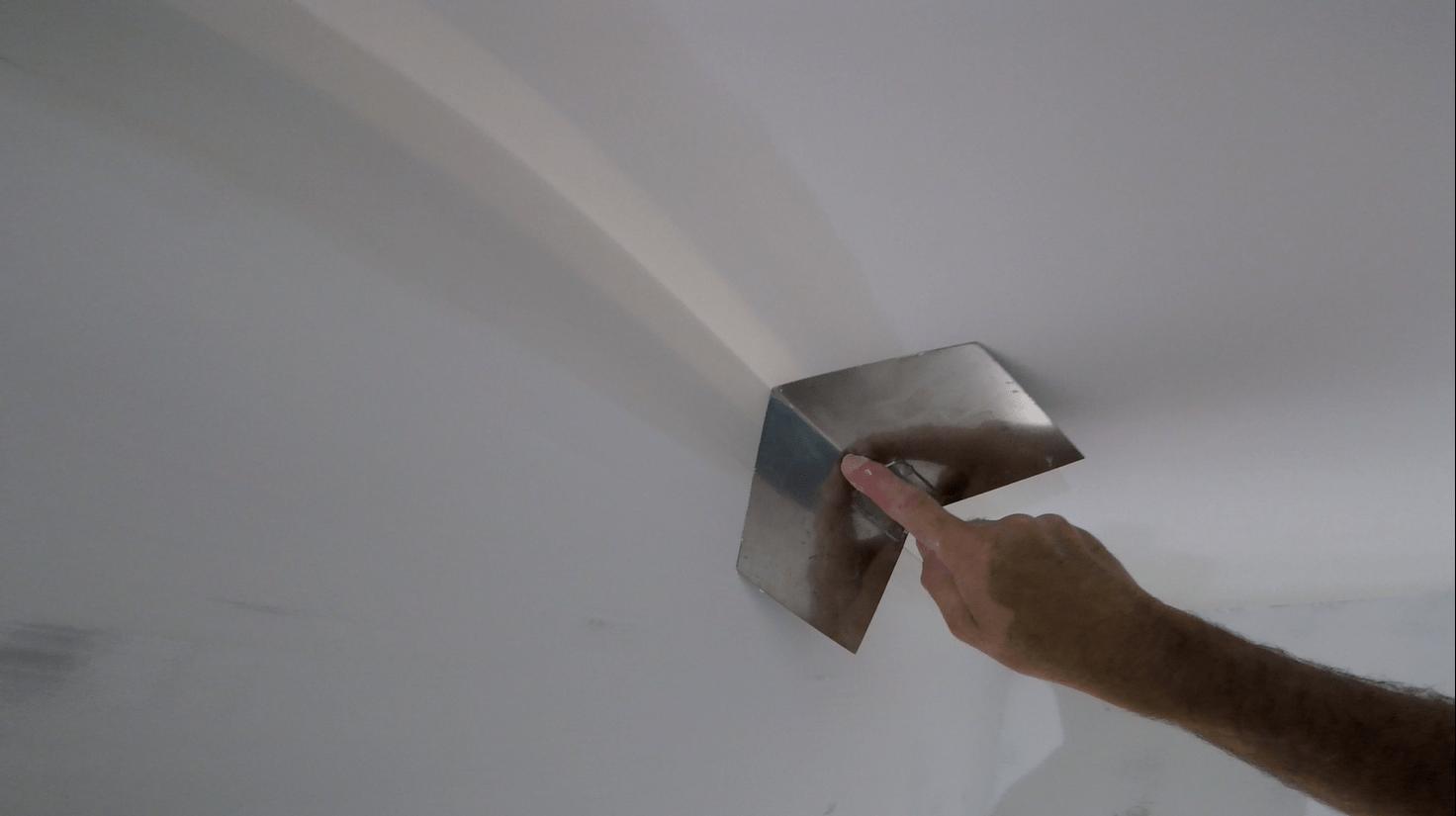 Уголки для стен