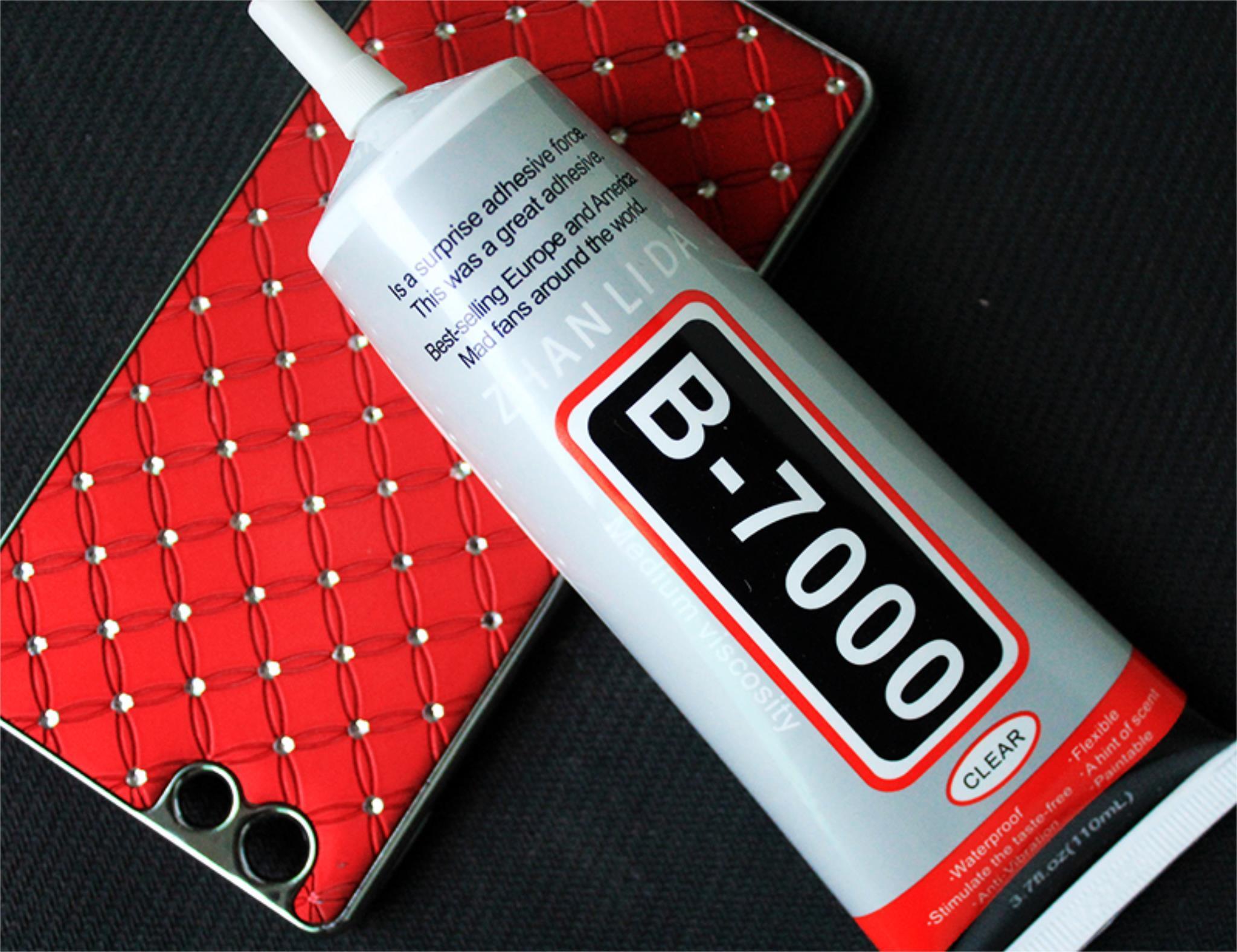 Клей B-700 и телефон