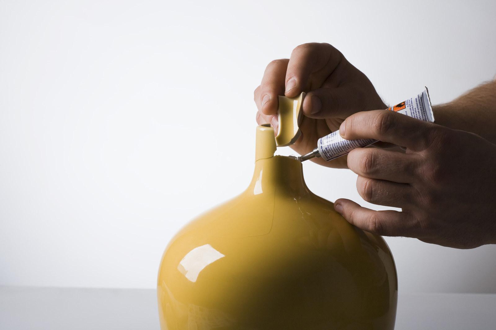 Склеивание вазы