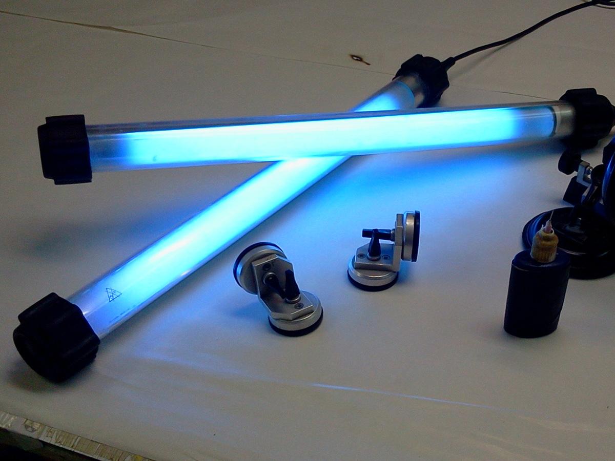 УФ лампа для склеивания