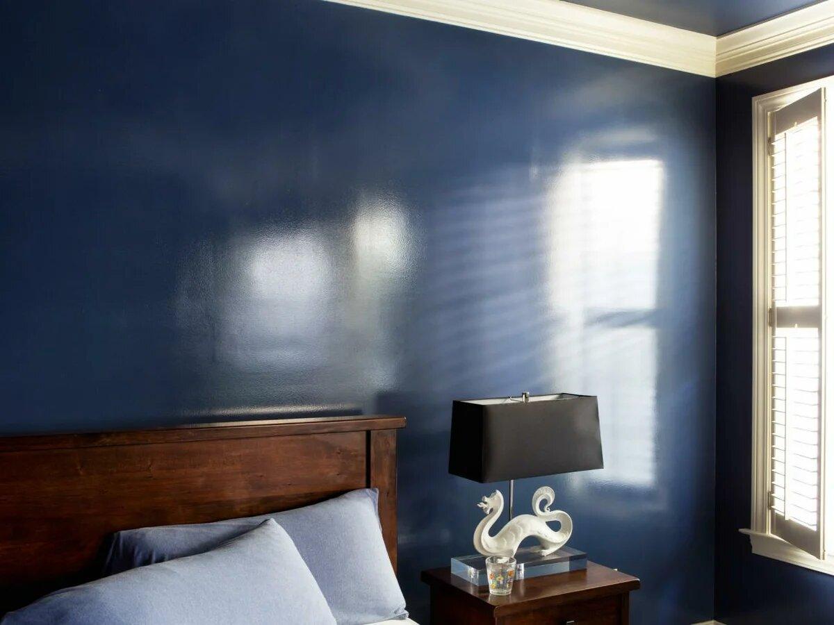 Глянцевая краска на стенах