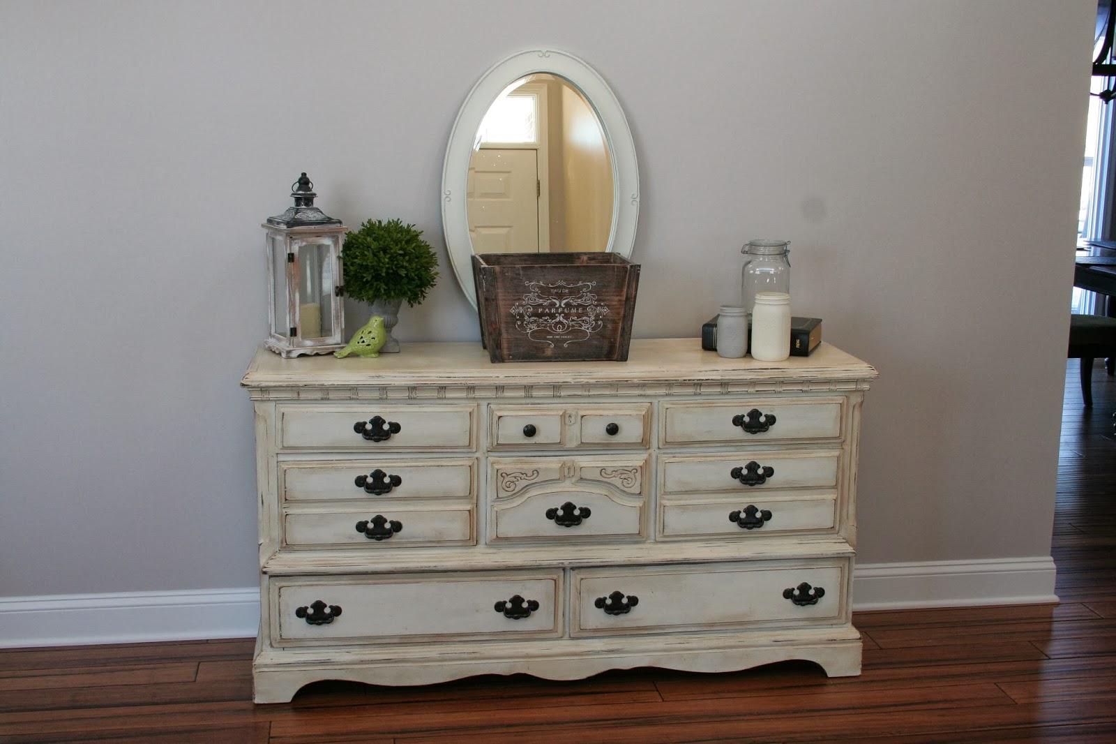 Меловая краска на мебели