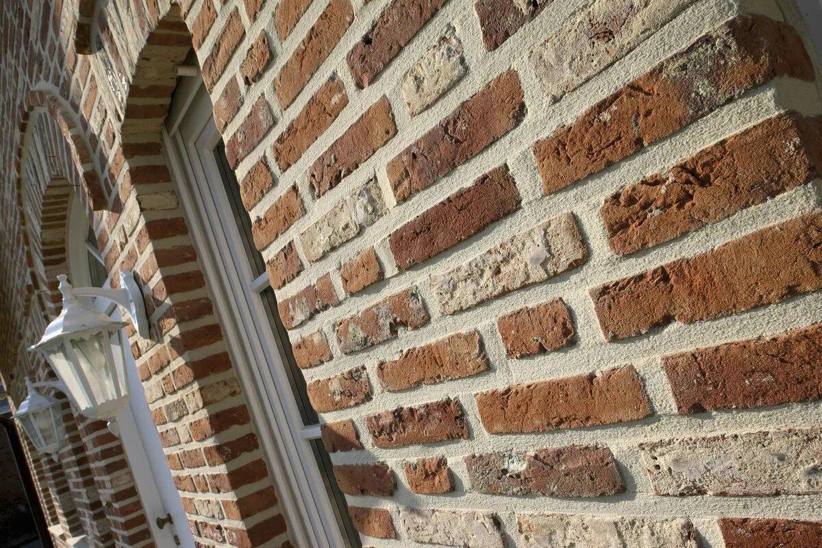 Фасад с декоративным камнем