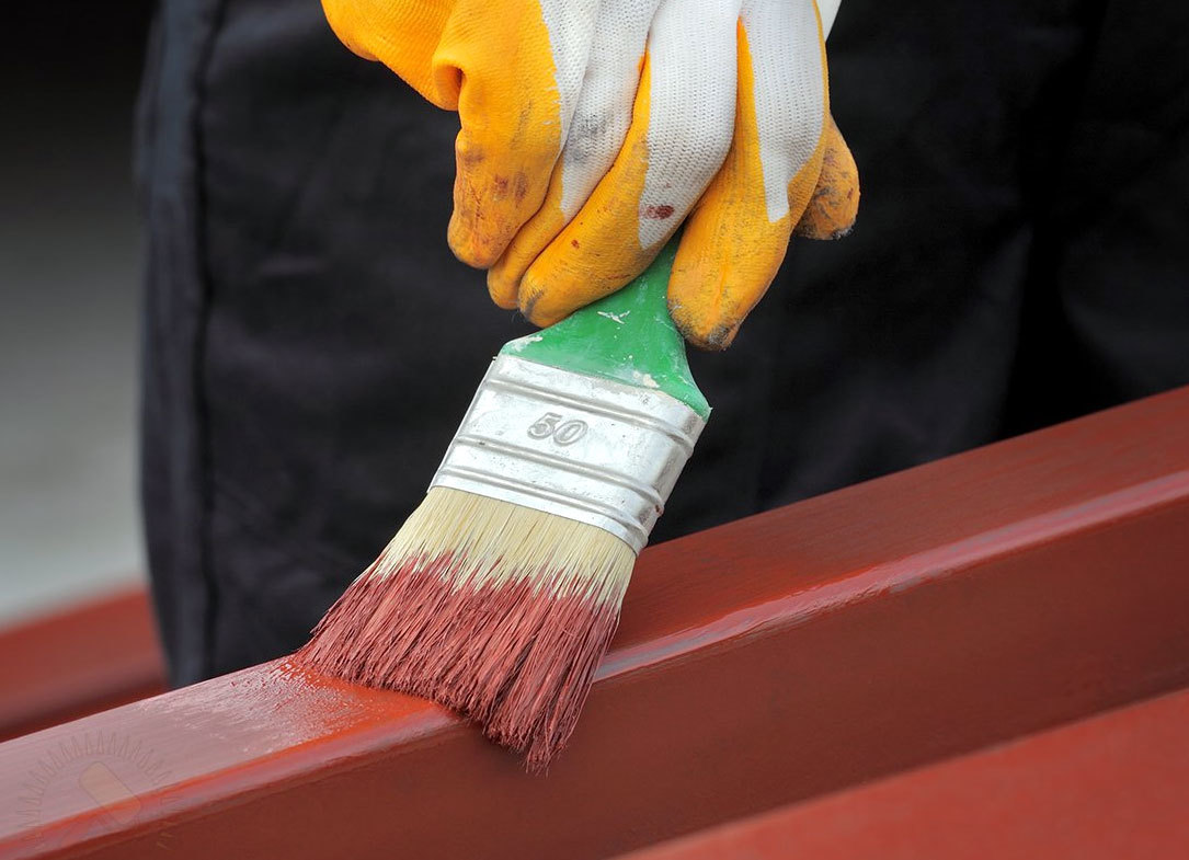 Покраска металла кисточкой
