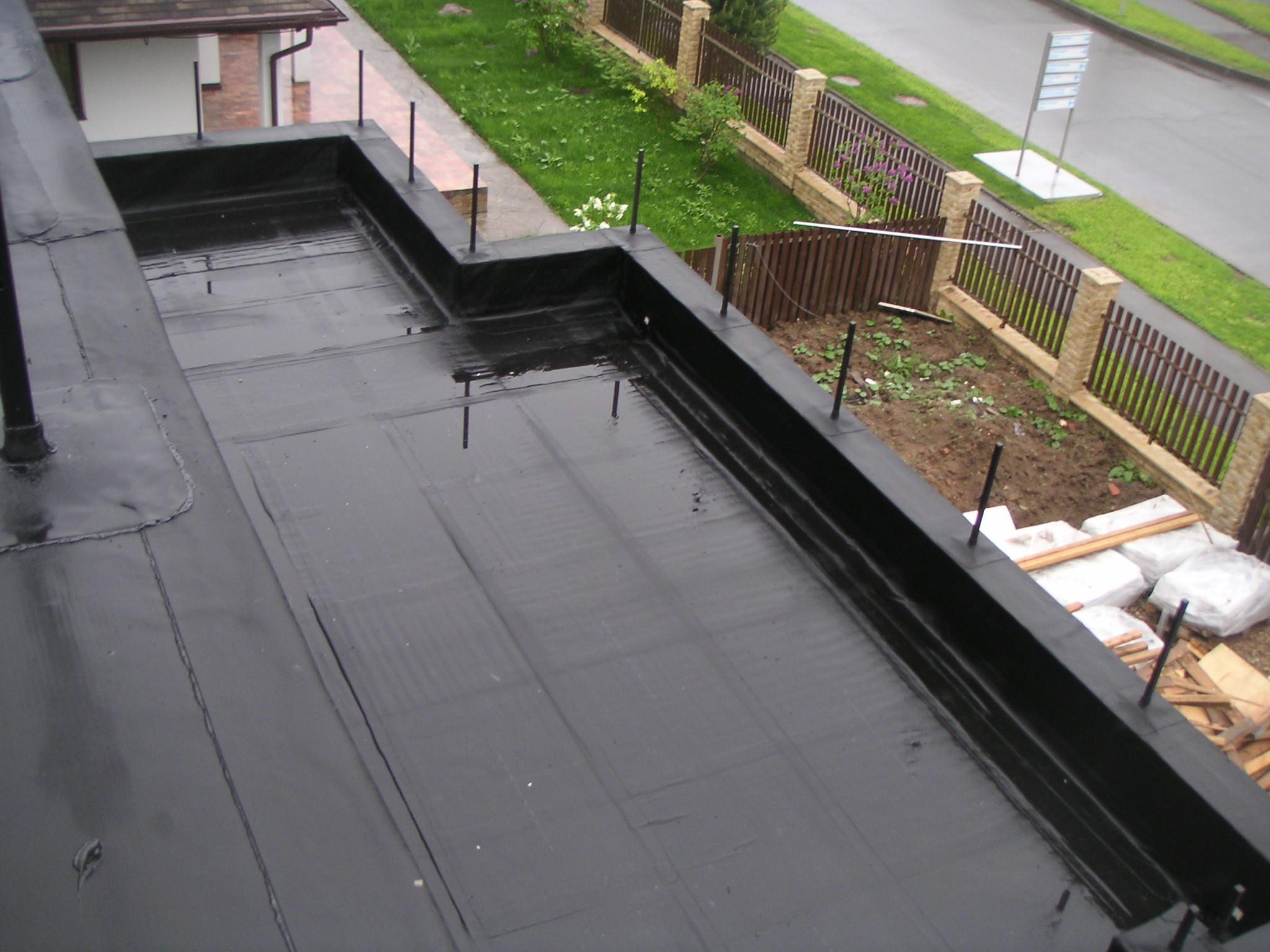 Битумная мастика на крыше
