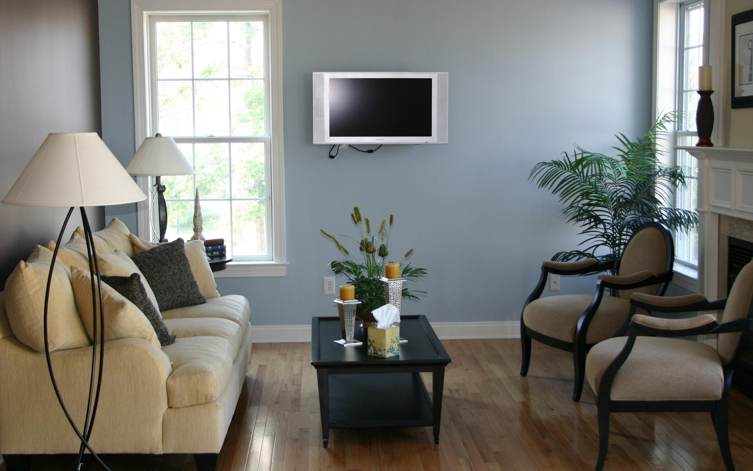 Интерьер комнаты с покраской