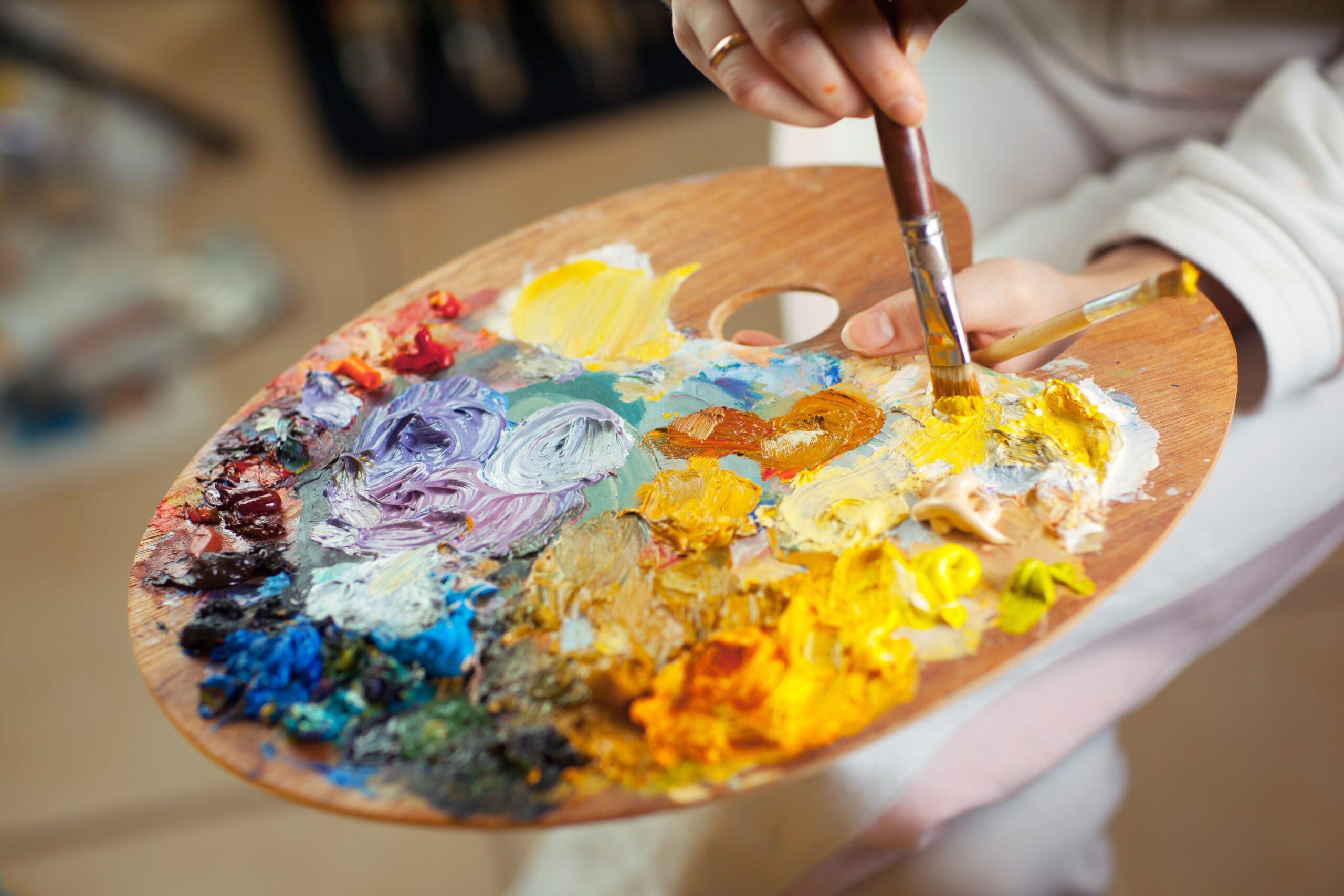 Фото палитры с красками