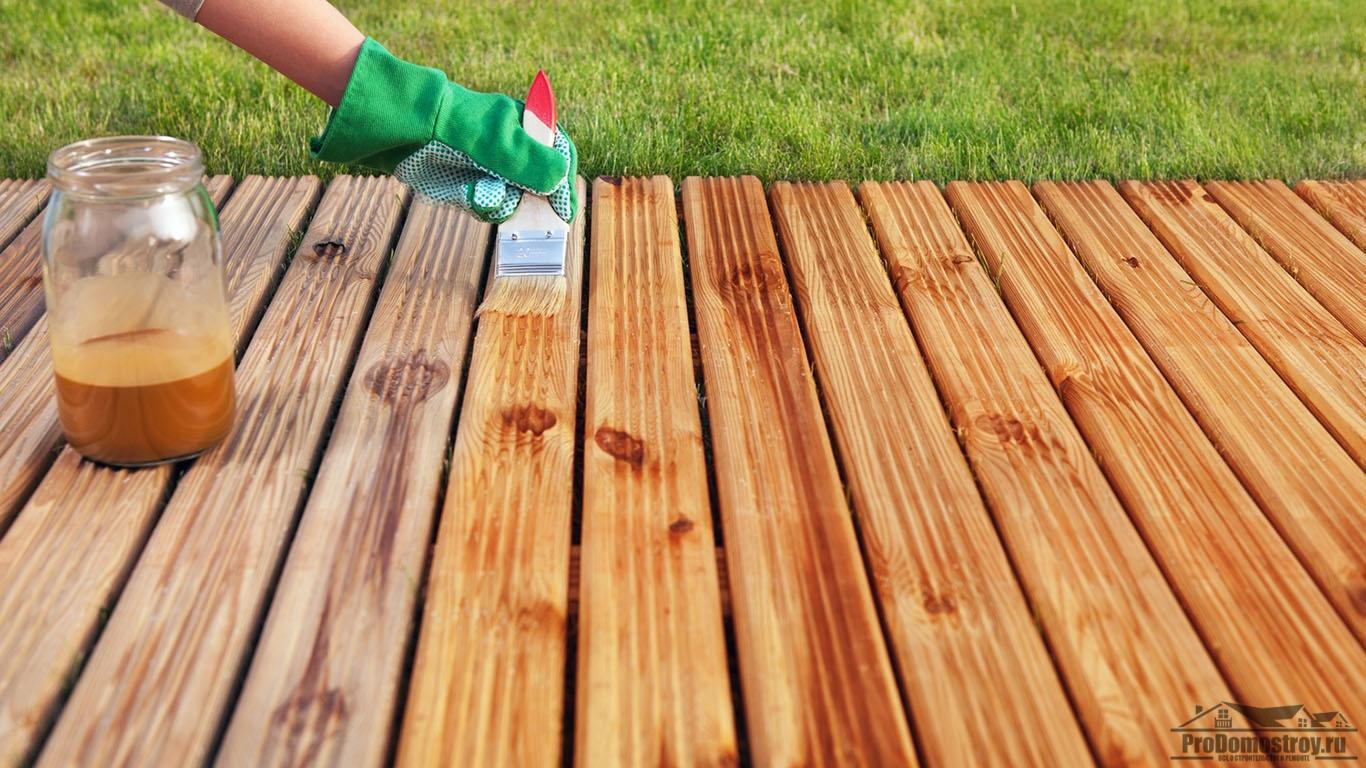 Покрытие дерева маслом