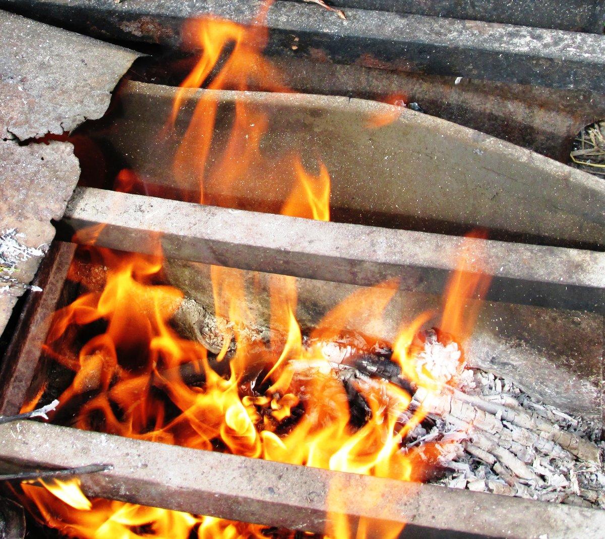 Фото металла в огне