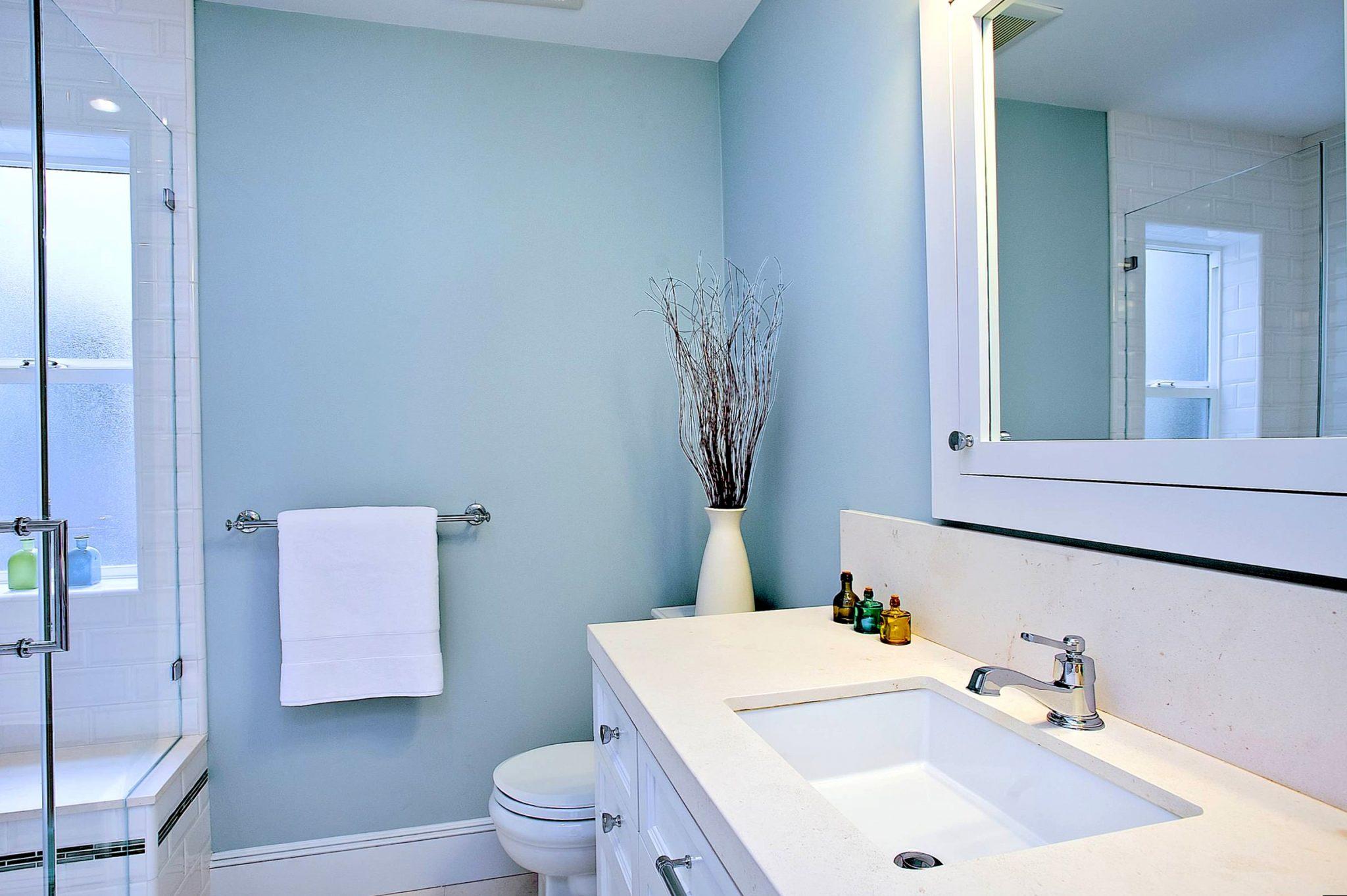 Акриловая краска в ванной