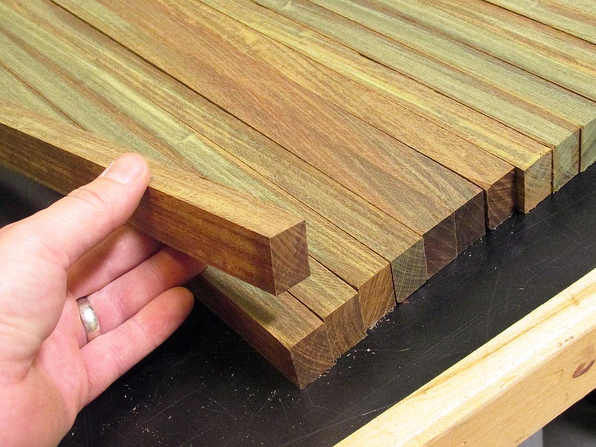 Поклейка древесины