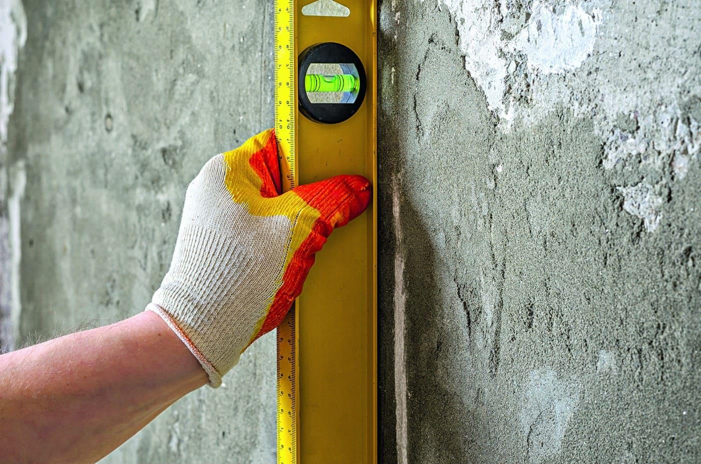 Измерение уровня стен