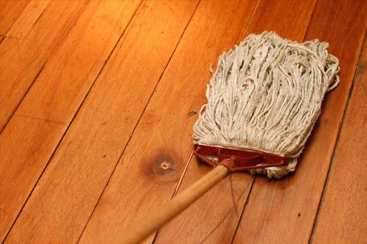 Мытье деревянных полов