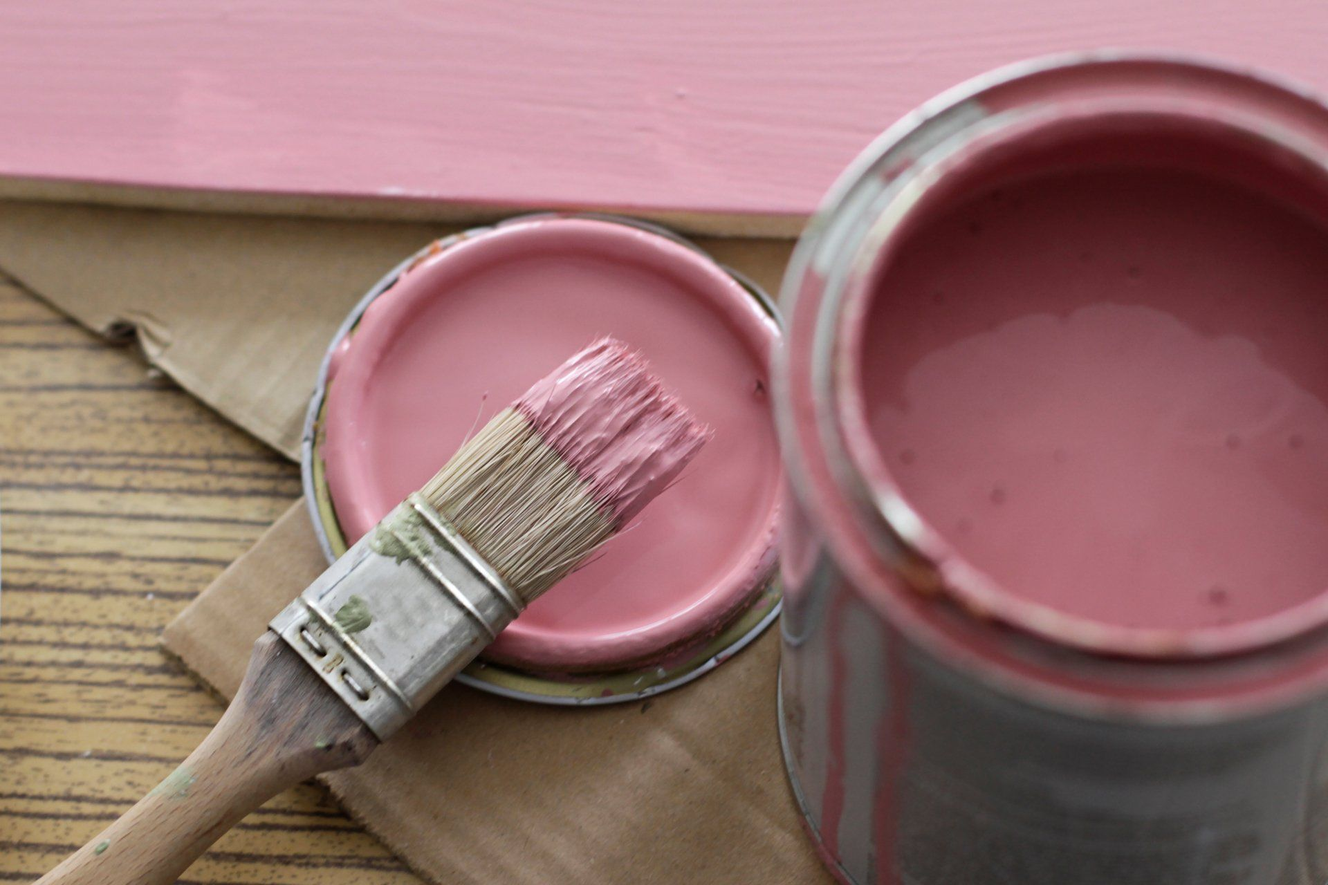 Фото розовой краски
