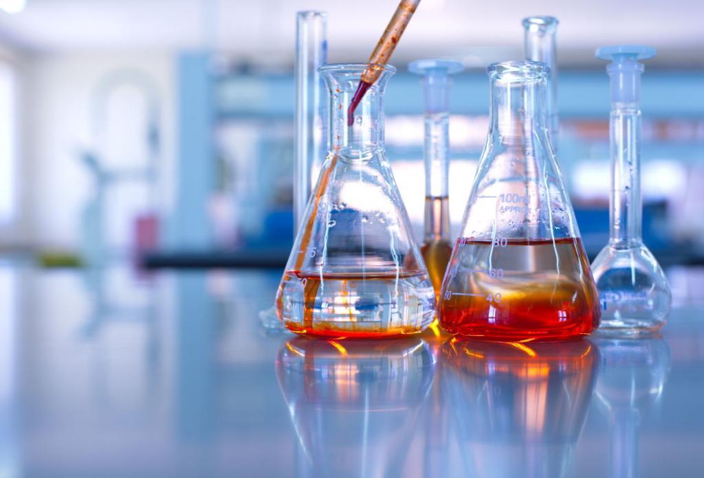 Фото химических колб