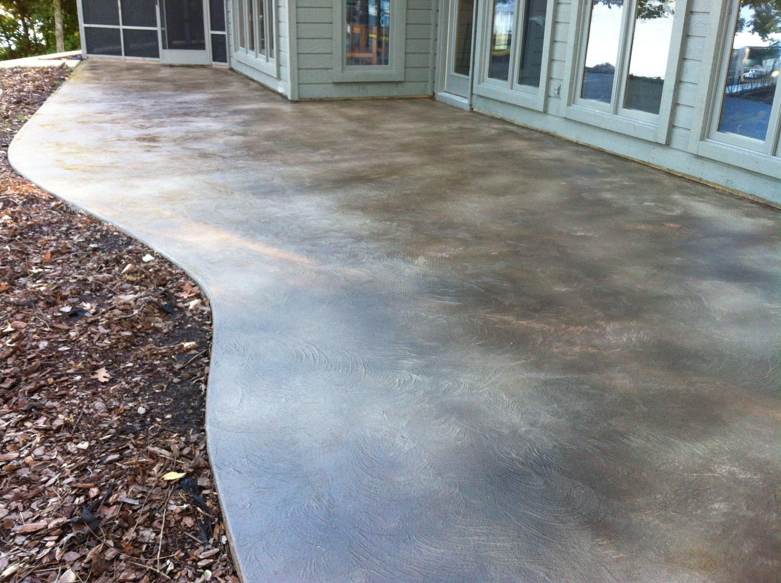 Крашенный бетон