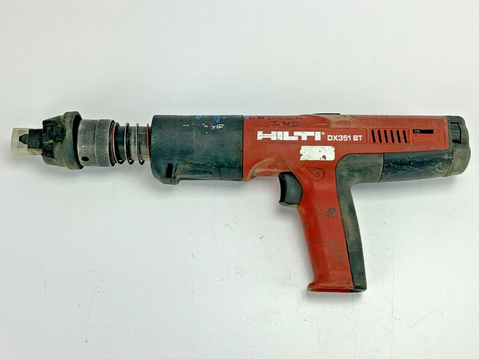 Монтажный пистолет Hilti