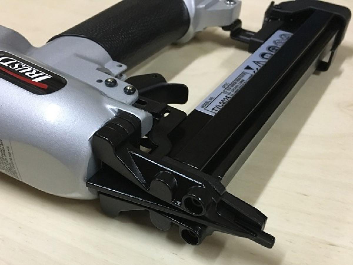 Скобозабивной пистолет