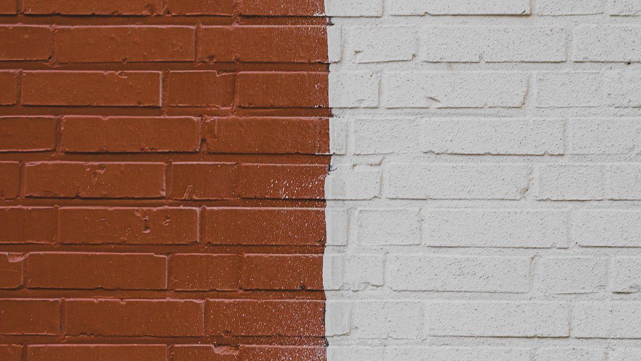 Стены кирпичные