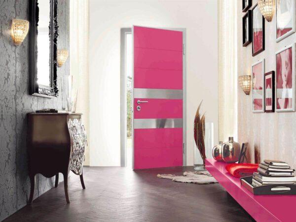 Малиновые двери
