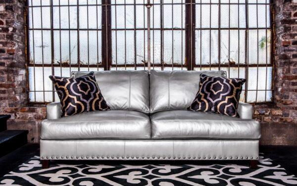 Фото дивана цвета металлик
