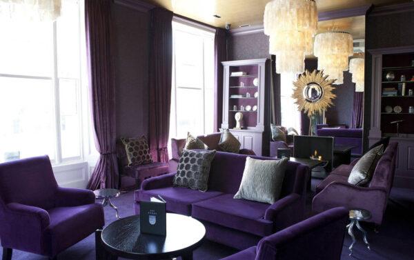 Гостиная в фиолетовом цвете