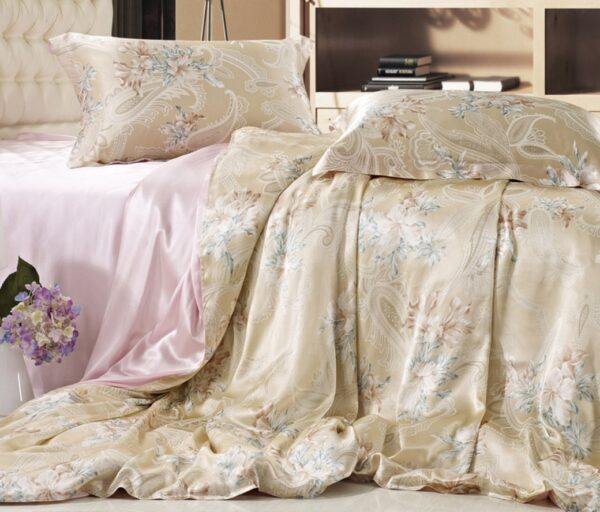 Шелковый текстиль